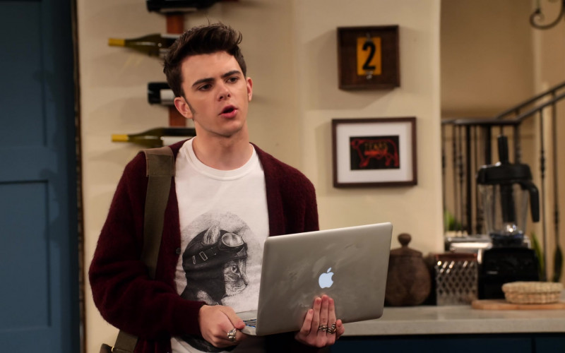 Apple MacBook Laptop and Actor Reed Horstmann (1)