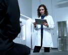 Apple iPad Tablet in Blindspot S05E11 Iunne Ennui (2020)