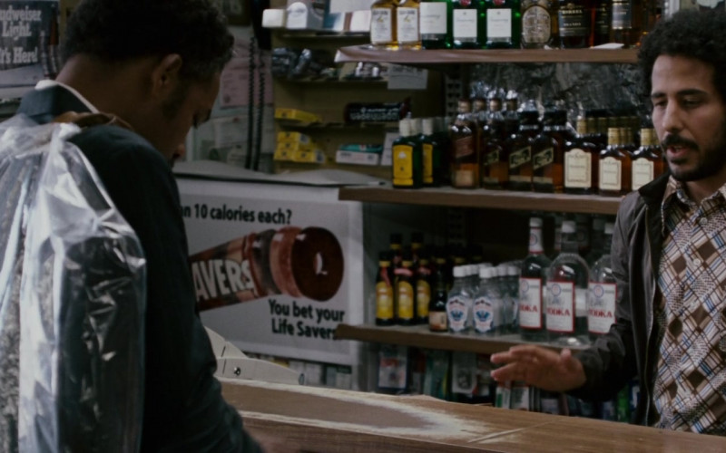 Budweiser Light and Life Savers in The Pursuit of Happyness (2006)