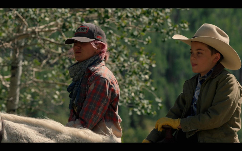 Cactus Ropes Cap in Yellowstone S03E05