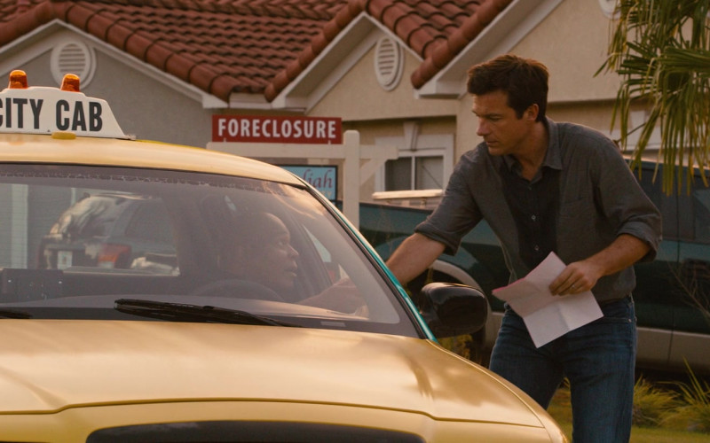 Century 21 Real Estate in Identity Thief (2013)