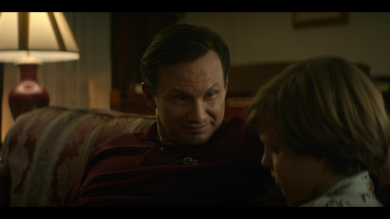 Christian Slater as Dan Wears Lacoste Polo Shirt in Dirty John Season 2 Episode 7 TV Show (1)