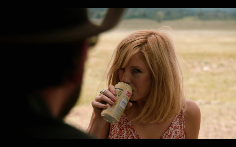 Coors Banquet Beer Enjoyed by Kelly Reilly as Beth in Yellowstone S03E04 (1)