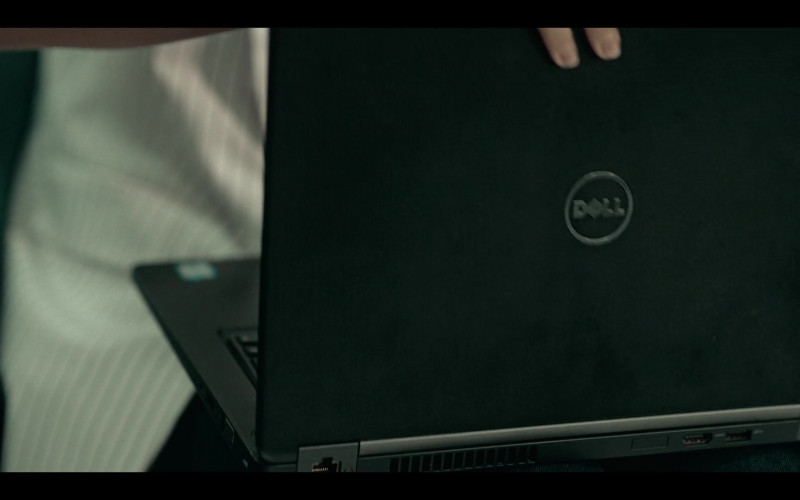 Dell Laptop Used by Paulina Matos as Edith in Dark Desire S01E14 Netflix Mexican Original TV Series