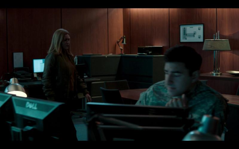 Dell Monitors in Hanna S02E04 (1)