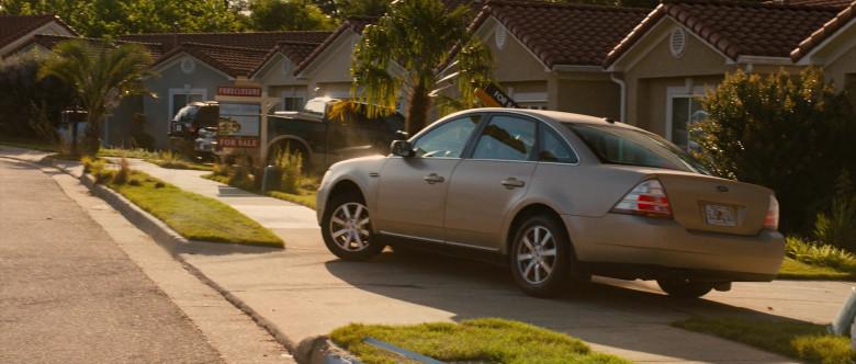 Ford Taurus Car in Identity Thief (2)