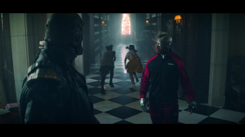 Joivan Wade as Cyborg Wearing Adidas Track Jacket Outfit in Doom Patrol S02E05 TV Series (2)