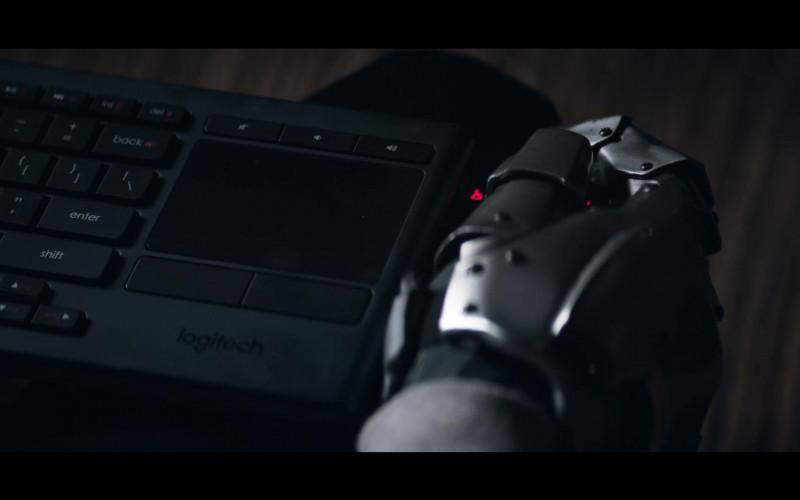 Logitech Keyboard in Doom Patrol S01E06 (1)
