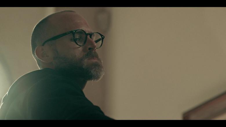 Mexican Actor Erik Hayser as Esteban Wears Ray-Ban Eyeglasses in Dark Desire Season 1 TV Show