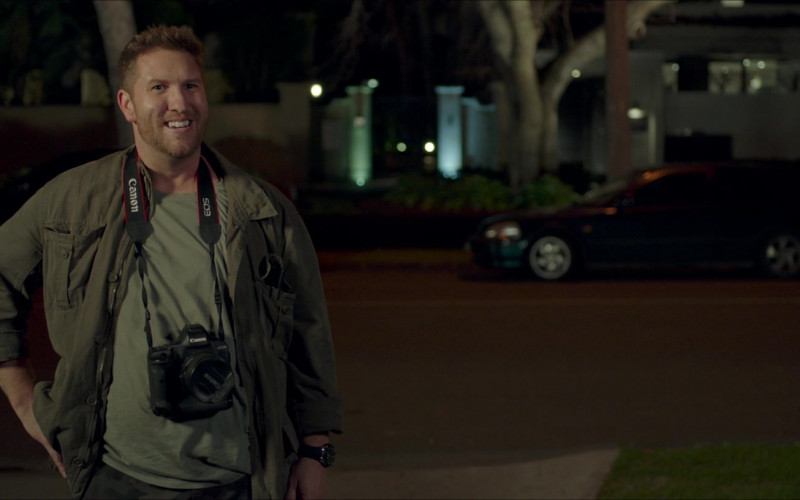 Nate Torrence Using Canon EOS Digital Camera in The Very Excellent Mr. Dundee Movie (1)