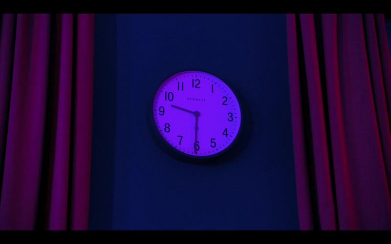 Newgate Clock in Hanna S02E04 (1)