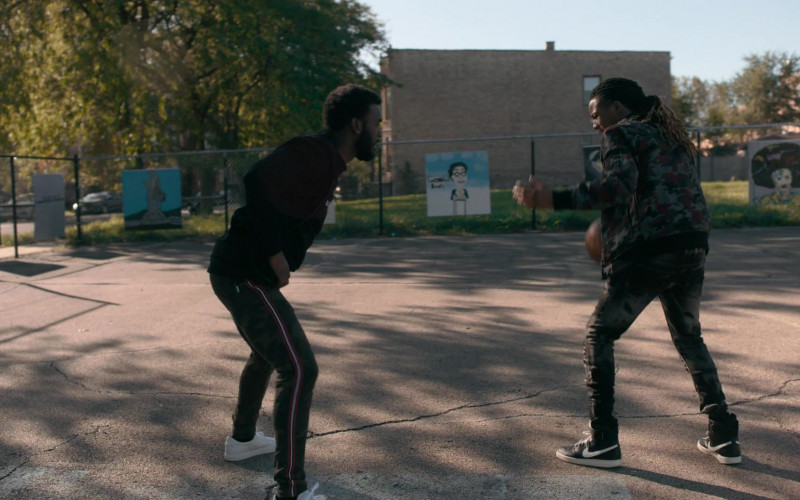 Nike Sneakers (Black) in The Chi S03E06 (2)
