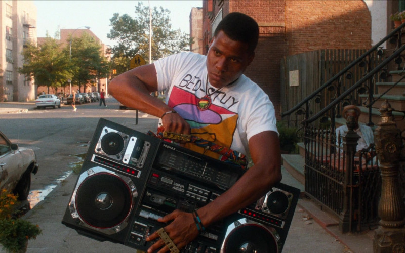 Promax Super Jumbo Boombox in Do the Right Thing (2)