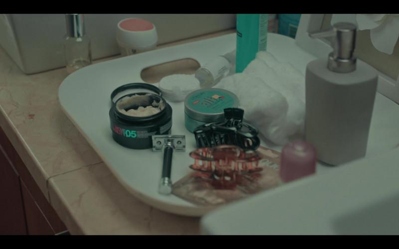 Redken Move Ability 05 in Dark Desire S01E01