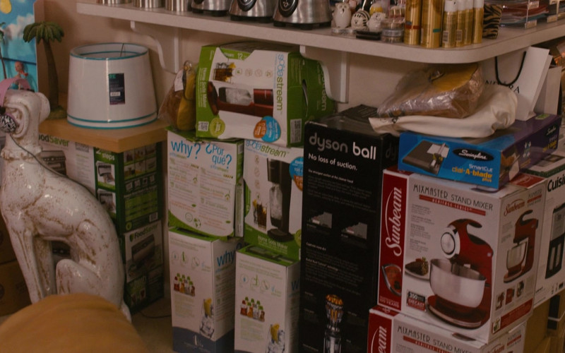SodaStream, Dyson, Sunbeam, Cuisinart in Identity Thief
