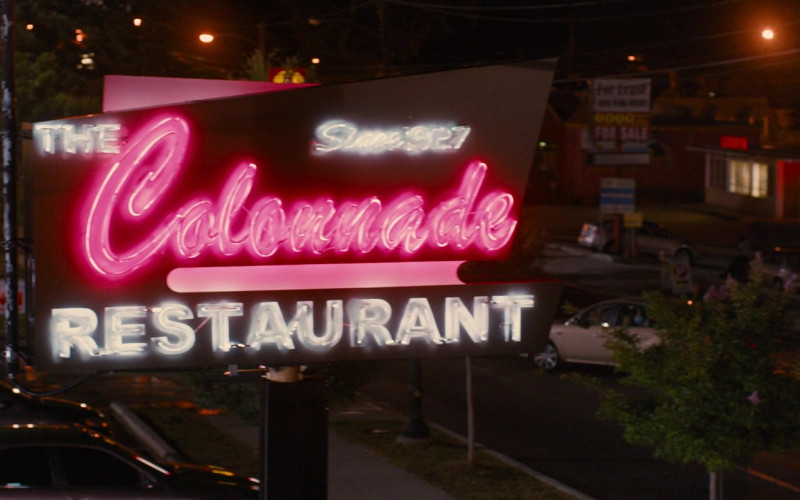 The Colonnade Restaurant in Identity Thief (1)