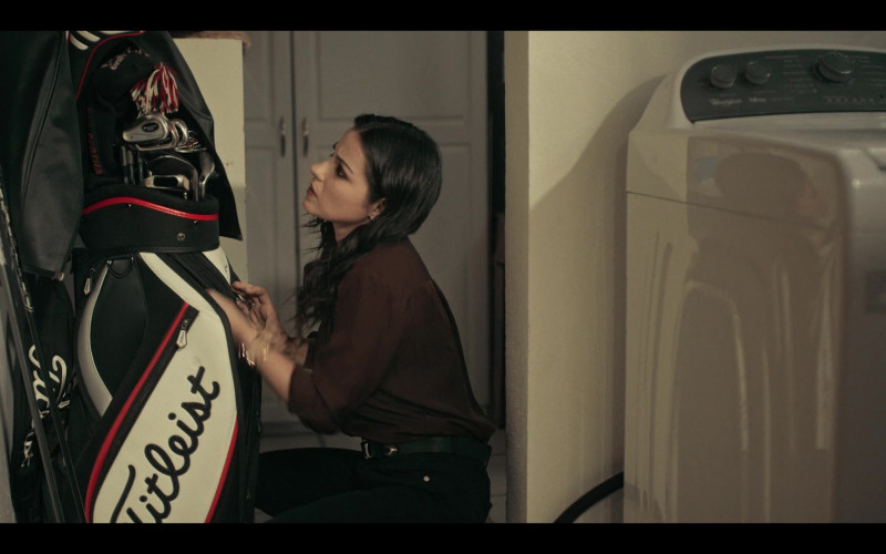 Titleist Golf Equipment in Dark Desire S01E13