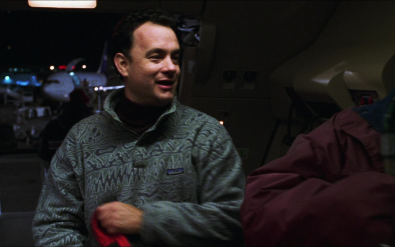 Tom Hanks Wears Patagonia Pullover in Cast Away Movie (4)