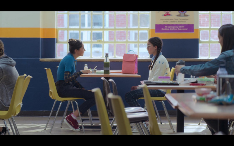 Vans Rainbow Shoes in The Baby-Sitters Club S01E04