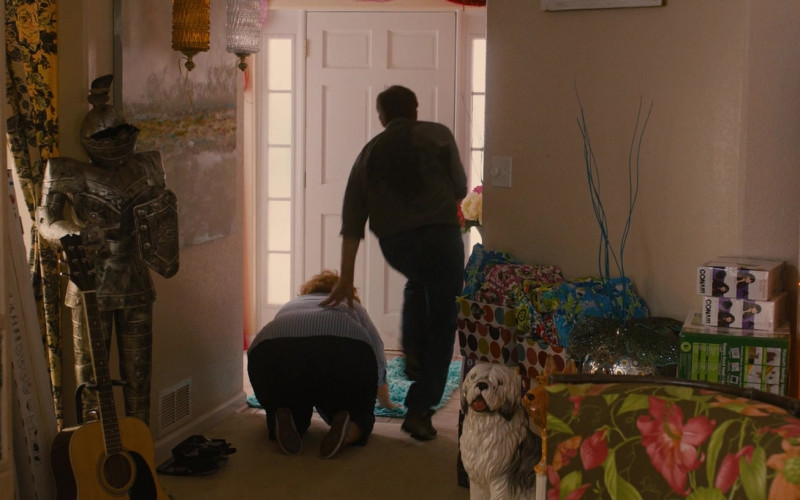 Xbox and Conair in Identity Thief (2013)