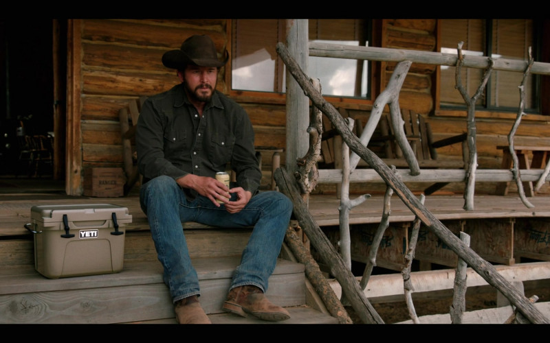 Yeti Coolers in Yellowstone S03E04 (1)