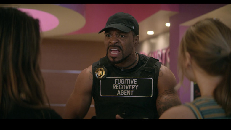 '47 Brand Black Cap Outfit of Method Man as Terrance in Teenage Bounty Hunters S01E05