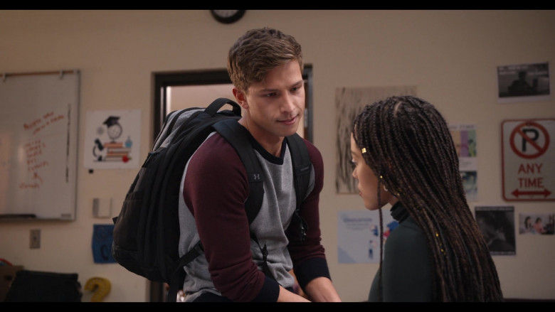 Actor Brandon Butler as Brady Finch Carrying Under Armour Backpack in Trinkets Season 2 Episode 10 TV Show (1)