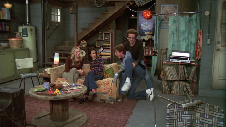 Actor Topher Grace as Character Eric Forman Wears Nike Sneakers in That '70s Show S07E07 (1)