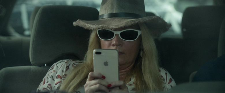 Actress Using Apple iPhone Smartphone in Bill & Ted Face the Music (2020)