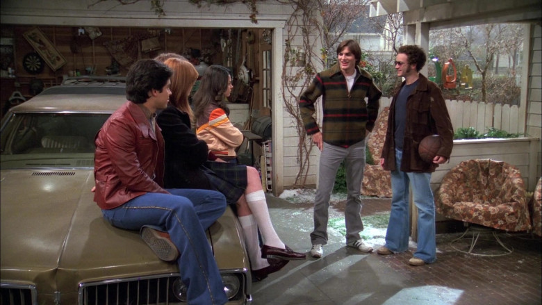 Adidas Shoes, Gray Pants and Plaid Jacket Worn by Ashton Kutcher as Michael in That '70s Show S05E13 (2)