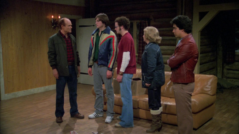 Adidas Sneakers, Grey Jeans and Puffer Jacket Outfit of Ashton Kutcher as Michael in That '70s Show S05E12