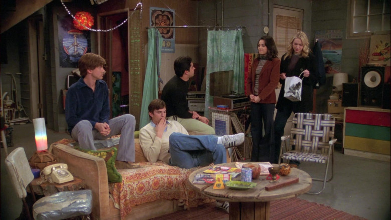Adidas Sneakers, V Neck Sweater and Jeans Outfit of Ashton Kutcher as Michael in That '70s Show S07E15