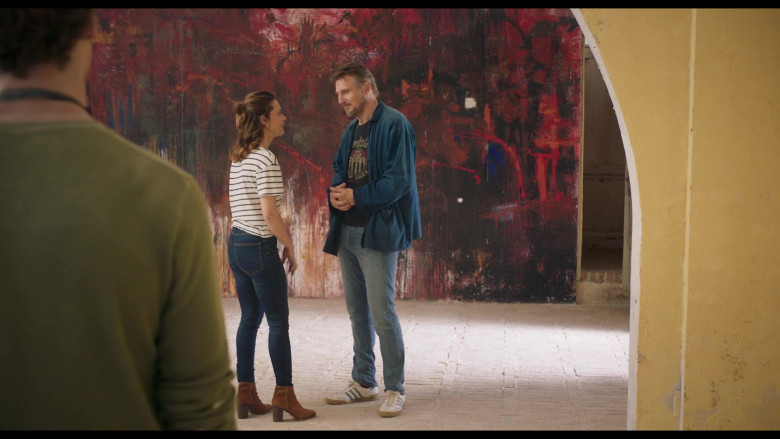 Adidas Sneakers and Casual Outfit of Liam Neeson in Made in Italy (2)