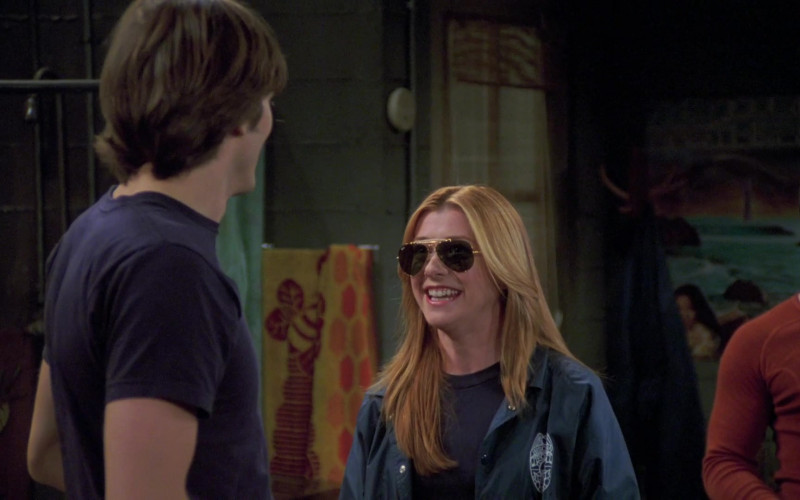 Alyson Hannigan as Suzy Simpson Wears Ray-Ban Outdoorsman Aviator Sunglasses in That '70s Show