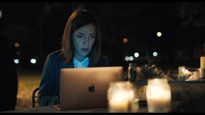 Apple MacBook Laptop of Molly Evensen