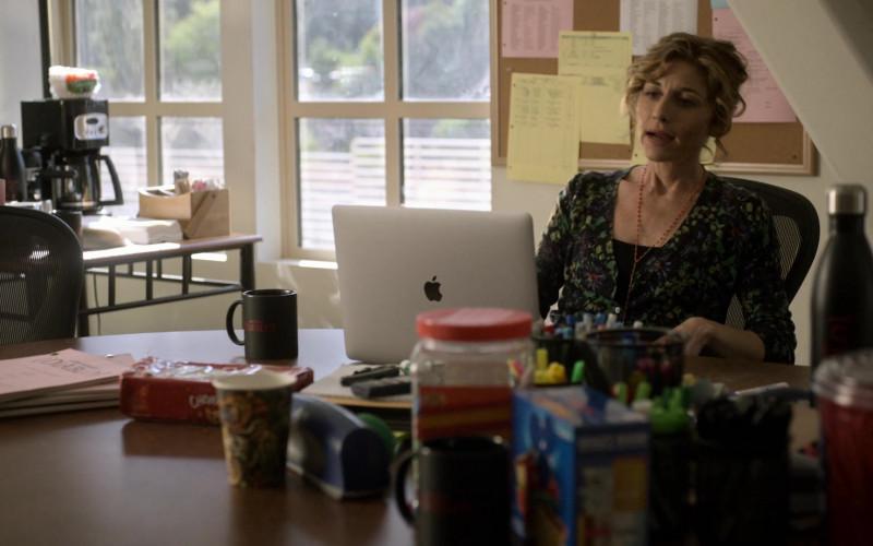Apple MacBook Laptop of Tessa Auberjonois as Keri Belwood in Lucifer S05E03 (1)