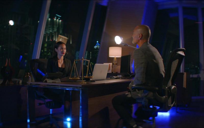 Apple MacBook Laptops in One Night in Bangkok (1)