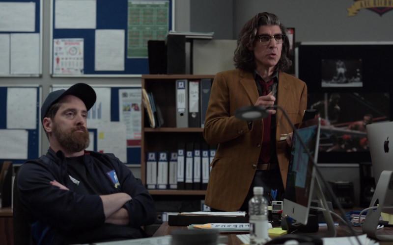 Apple iMac Computers in Ted Lasso S01E03 (2)