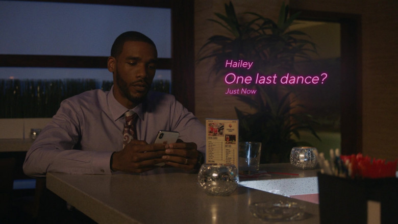 Apple iPhone Smartphone in P-Valley S01E07
