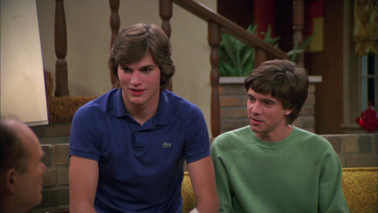 Ashton Kutcher as Michael Kelso Wears Lacoste Blue Polo Shirt Outfit in That '70s Show Season 4 Episode 9 (3)