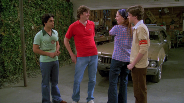 Ashton Kutcher as Michael Wearing Lacoste Red Short Sleeved Style Shirt Outfit in That '70s Show (4)