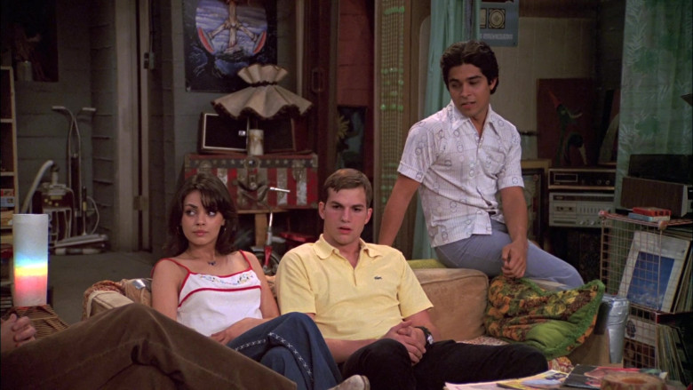 Ashton Kutcher as Michael Wears Classic Lacoste Yellow Polo Shirt with Short Sleeves (1)