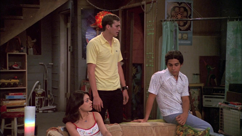 Ashton Kutcher as Michael Wears Classic Lacoste Yellow Polo Shirt with Short Sleeves (2)