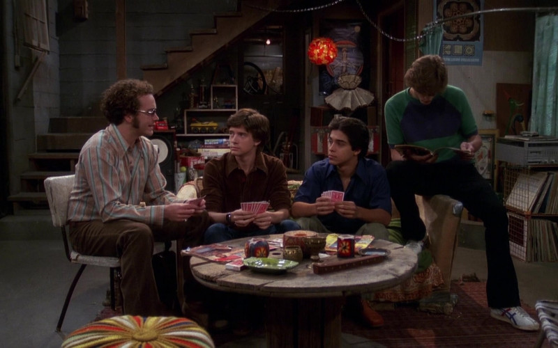 Asics Onitsuka Tiger Shoes, Flared Pants and Green-Blue Sweatshirt Outfit of Ashton Kutcher as Michael in That '70s Show (1)
