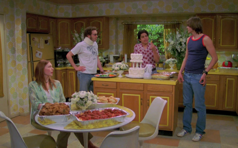 Asics Onitsuka Tiger Sneakers, Blue Denim Jeans and Tee Outfit Worn by Ashton Kutcher in That '70s Show S06E25