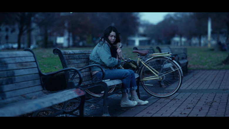 Auliʻi Cravalho as Amber Appleton Wears Converse Shoes in All Together Now Movie (2)