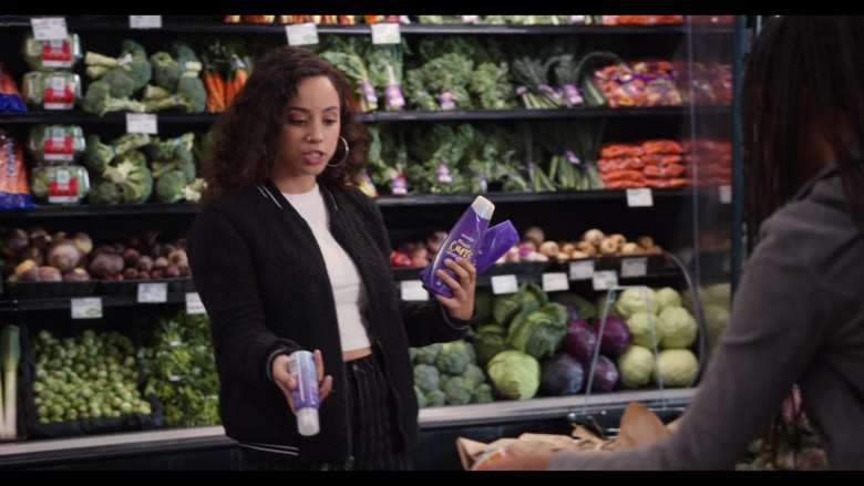 Aussie Miracle Curls Shampoo Held by Kiana Madeira as Moe Truax in Trinkets S02E07