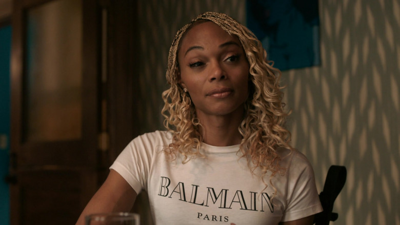 Balmain White T-Shirt Outfit for Women in The Chi S03E10 TV Show (2)