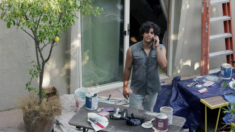 Benjamin Moore Paints Used by Emilio Garcia-Sanchez as Adam in Love in the Time of Corona S01E02 (3)