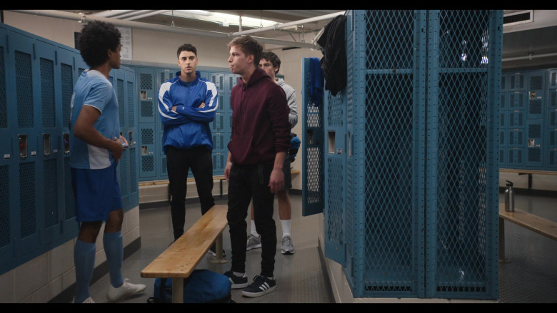 Brandon Butler as Brady Finch Wears Adidas Sneakers in Trinkets S02E09 Netflix TV Show (2)